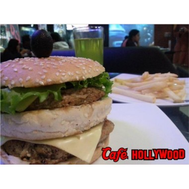 Double Decker Beef Burger from Cafe hollywood