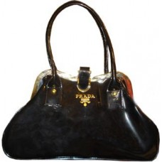 Black Fashionable Handbag