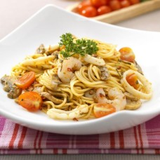 Seafood pasta in thai spice
