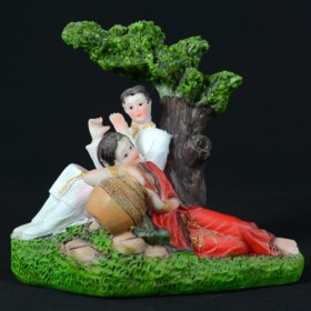 Love couple showpiece gift Bangladesh